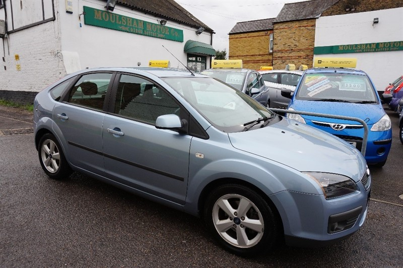 used Ford Focus ZETEC CLIMATE 16V in chelmsford essex