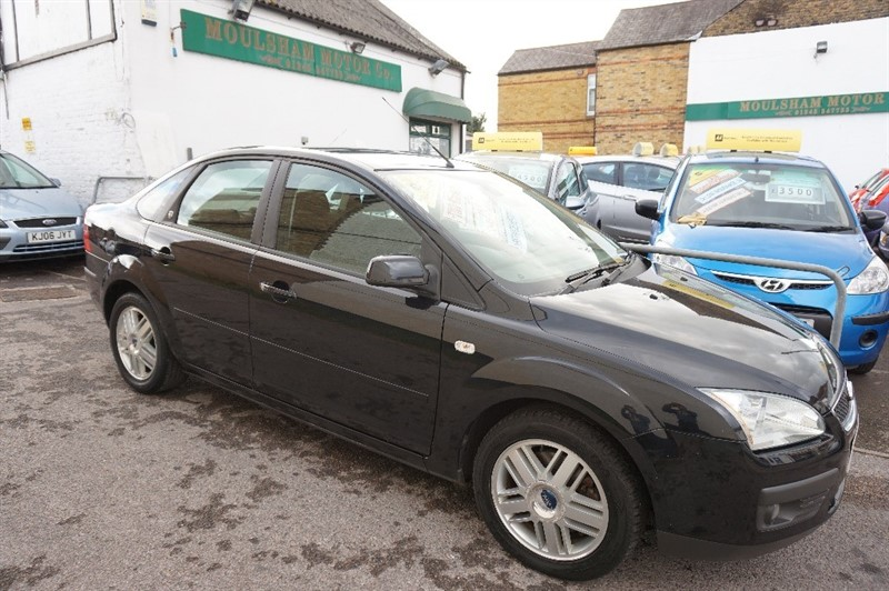 used Ford Focus GHIA 16V in chelmsford essex
