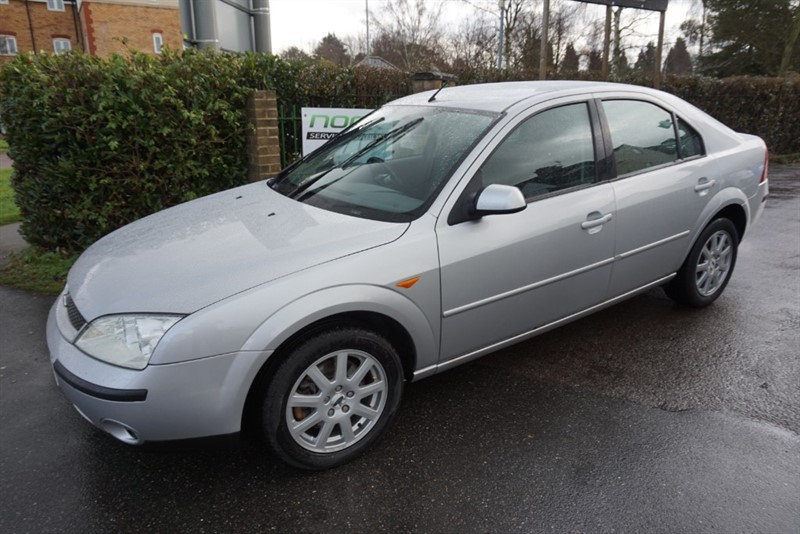 used Ford Mondeo ZETEC 16V in chelmsford-essex