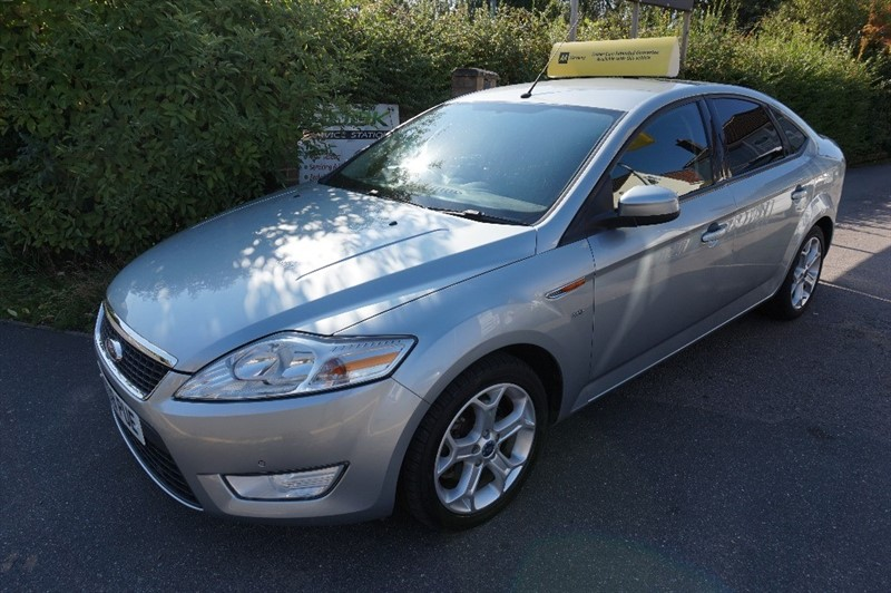 used Ford Mondeo ZETEC 145 in chelmsford essex