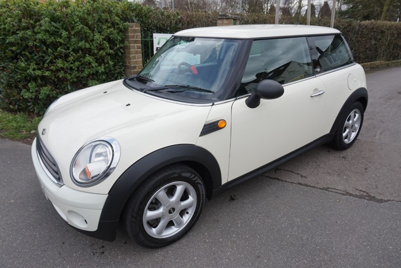 used MINI One FIRST in chelmsford-essex