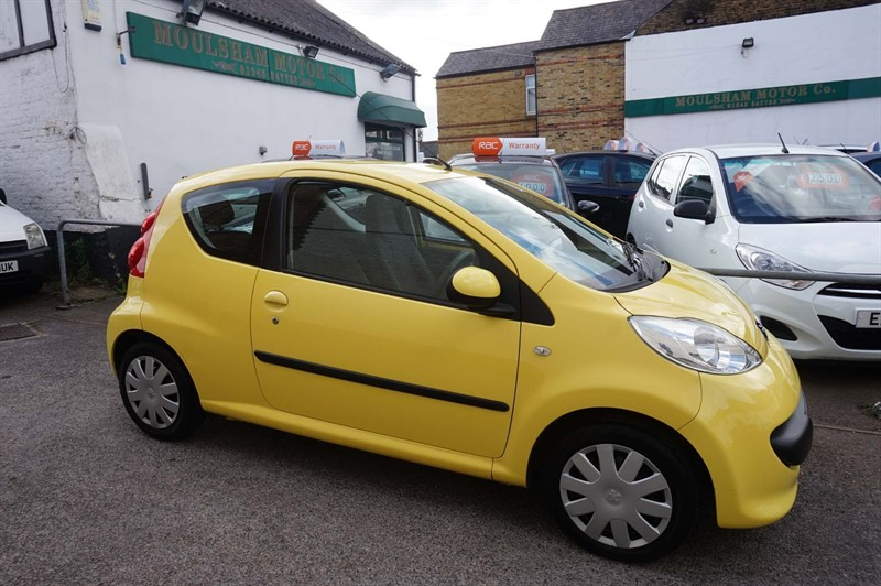 used Peugeot 107 12v Urban 2-Tronic 3dr in chelmsford-essex