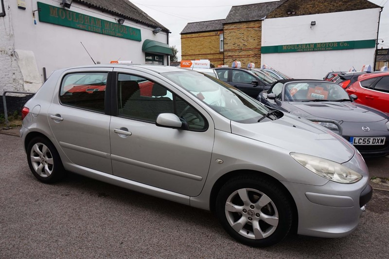used Peugeot 307 16v S Tiptronic 5dr in chelmsford-essex