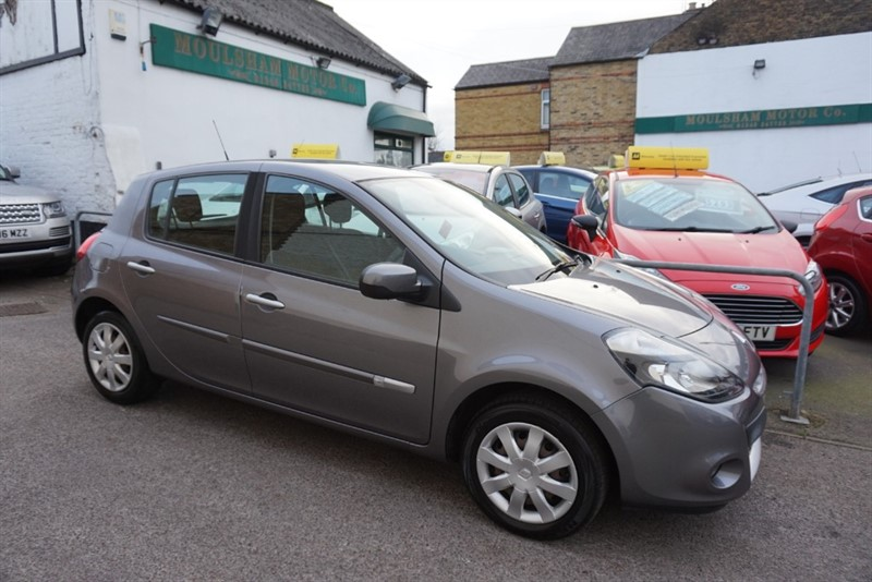 used Renault Clio EXPRESSION VVT in chelmsford-essex