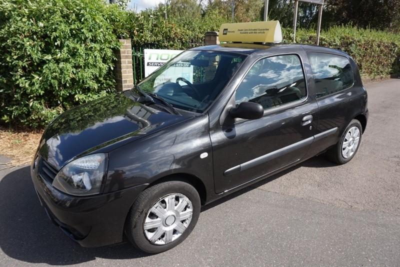 used Renault Clio CAMPUS 8V in chelmsford-essex