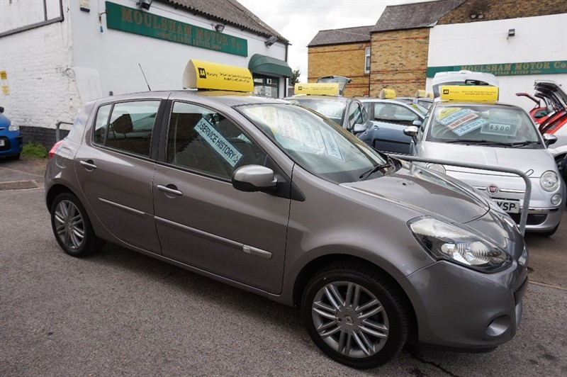 used Renault Clio DYNAMIQUE TOMTOM 16V in chelmsford essex