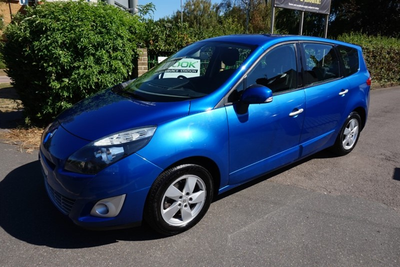used Renault Scenic GRAND DYNAMIQUE TOMTOM VVT in chelmsford-essex