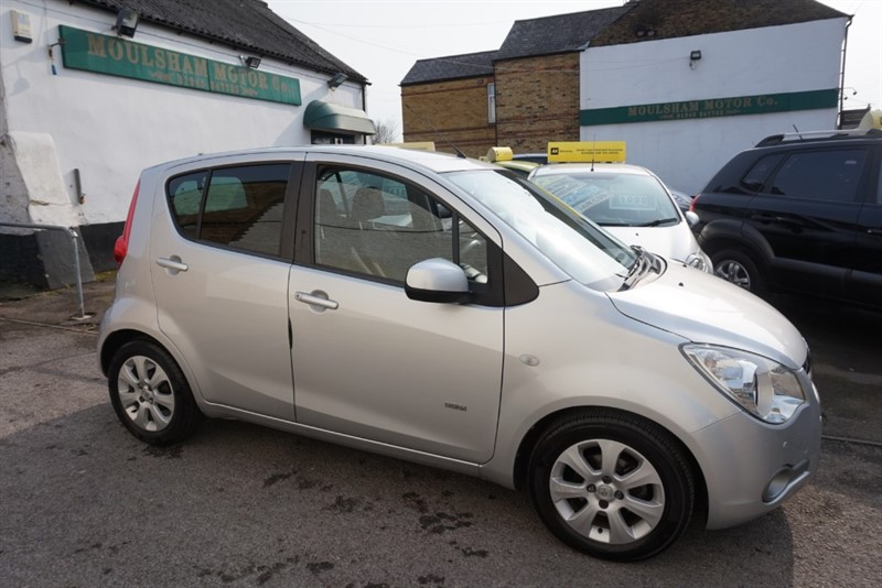 used Vauxhall Agila DESIGN in chelmsford-essex