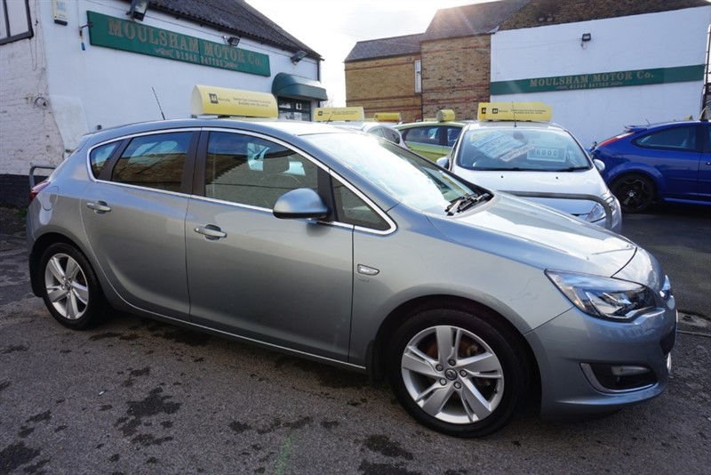 used Vauxhall Astra SRI CDTI S/S in chelmsford-essex