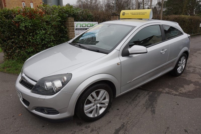 used Vauxhall Astra SXI in chelmsford essex