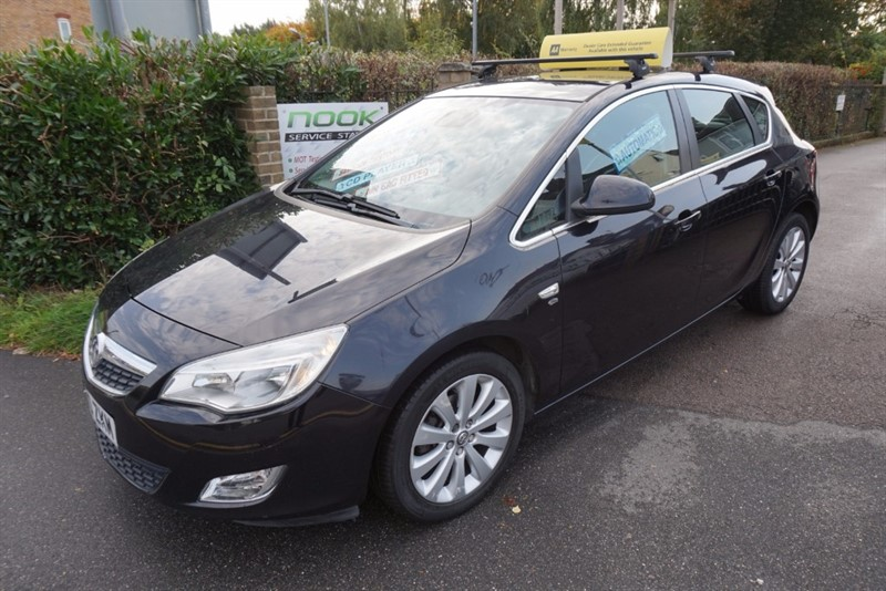 used Vauxhall Astra ELITE in chelmsford essex
