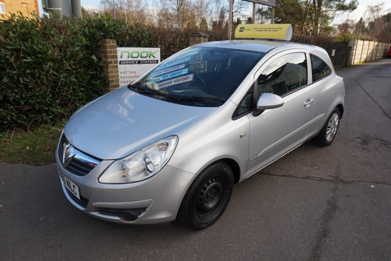 used Vauxhall Corsa CLUB AC 16V in chelmsford-essex