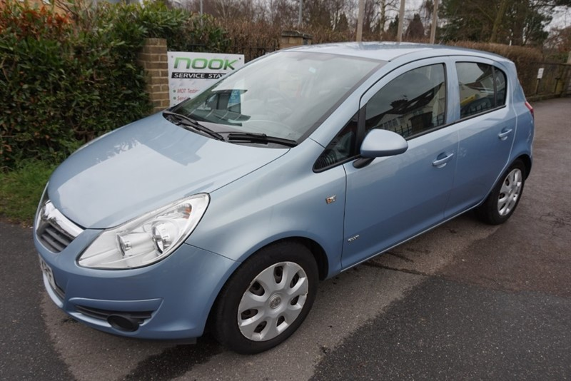 used Vauxhall Corsa CLUB AC in chelmsford essex