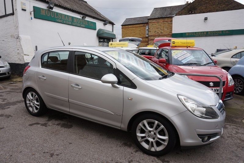 used Vauxhall Corsa SXI AC 16V in chelmsford essex