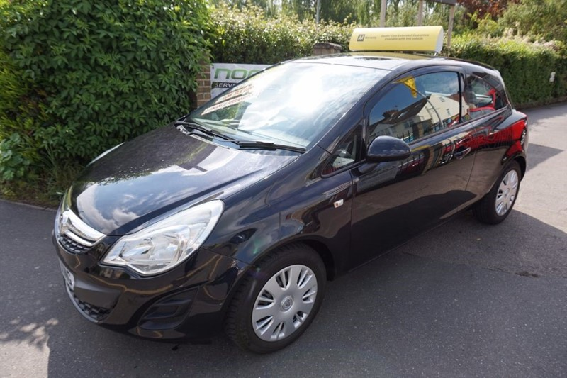 used Vauxhall Corsa 1.3 CDTi ecoFLEX 16v Exclusiv 3dr in chelmsford essex