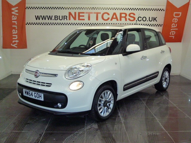 used Fiat 500L LOUNGE in chorely-lancashire