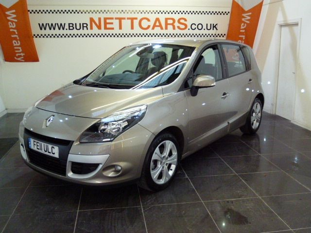 used Renault Scenic DYNAMIQUE DCI in chorely-lancashire