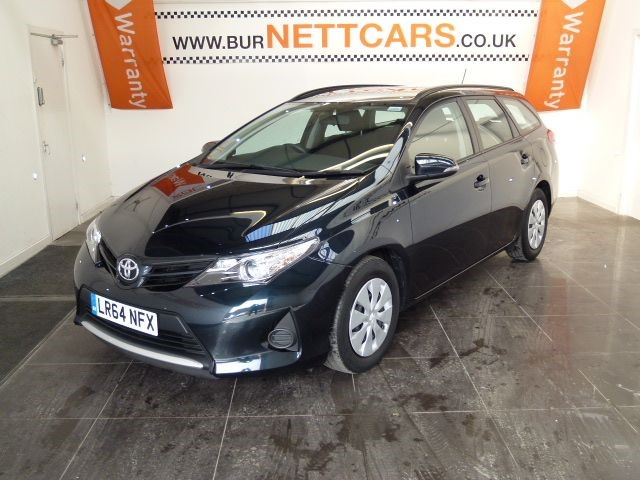 used Toyota Auris ACTIVE D-4D in chorely-lancashire