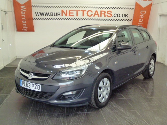 used Vauxhall Astra ES ESTATE DIESEL in chorely-lancashire