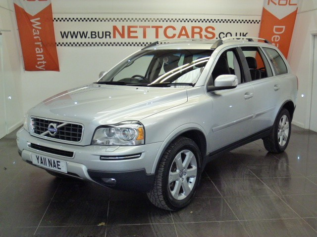 used Volvo XC90 D5 SE LUX AWD in chorely-lancashire