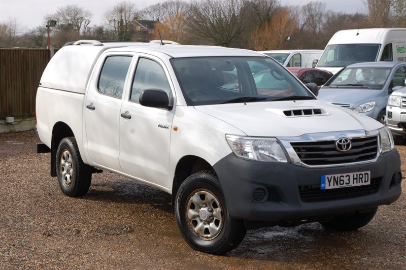 used Toyota  HI-LUX HL2 4X4 D-4D DCB in tiptree-essex