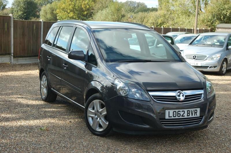 used Vauxhall Zafira EXCLUSIV NAV in tiptree-essex