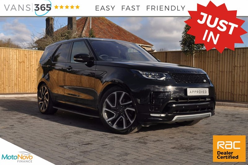 used Land Rover Discovery TD6 HSE LUXURY AUTO SANTORINI BLACK HUGE SPEC  in bristol