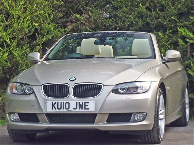 used BMW 320i SE AUTO COUPE CONVERTIBLE in dorset