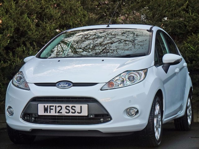 used Ford Fiesta 1.25 ZETEC in dorset