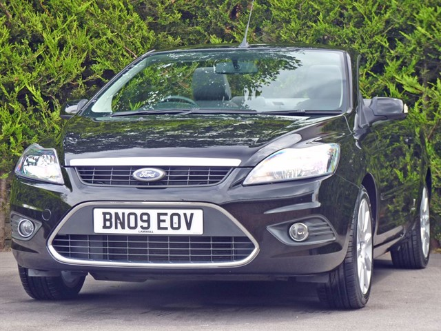 used Ford Focus CC-2 COUPE CONVERTIBLE in dorset