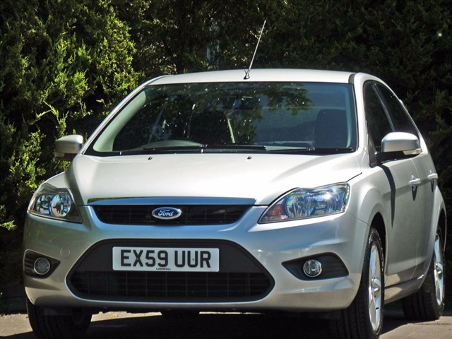 used Ford Focus 1.6 ZETEC AUTOMATIC in dorset