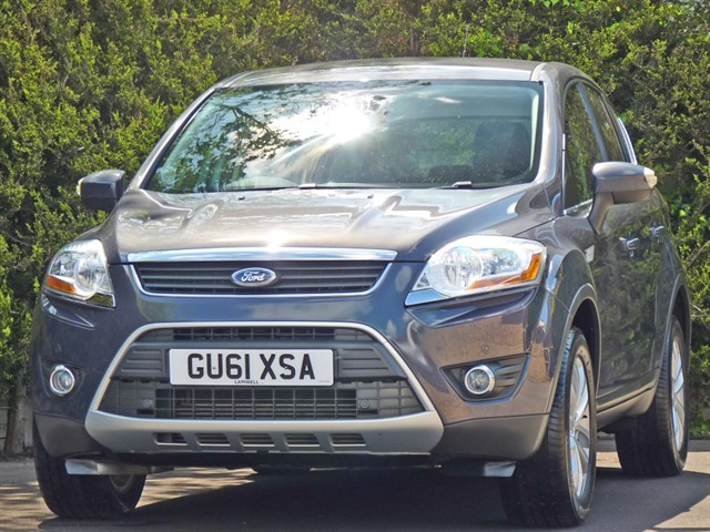 used Ford Kuga TITANIUM 2.0 TDCI 4X4 in dorset