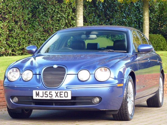 used Jaguar S-Type 2.7 V6 Turbo Diesel in dorset