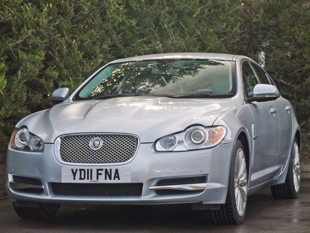used Jaguar XF 3.0 V6 PREMIUM LUXURY TURBO DIESEL AUTOMATIC in dorset
