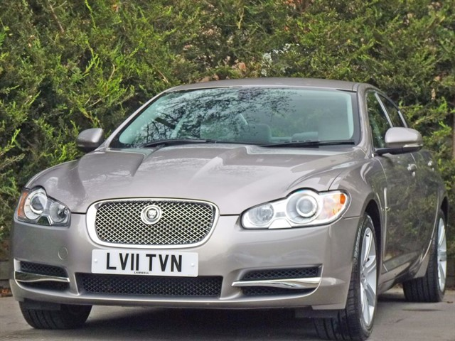 used Jaguar XF 3.0 V6 LUXURY in dorset