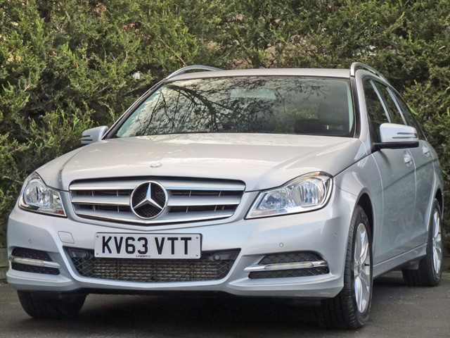 used Mercedes C200 2.1 CDI BLUEEFFICIENCY EXECUTIVE SE in dorset