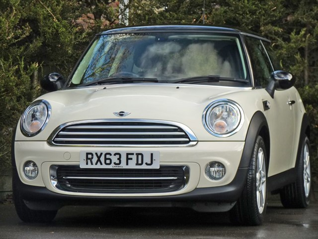 used MINI Hatch 1.6 COOPER in dorset