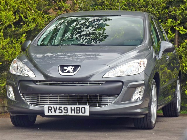 used Peugeot 308 1.6 HDi SPORT in dorset