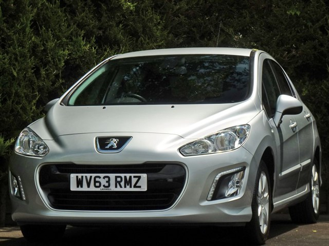 used Peugeot 308 1.6 HDI ACTIVE NAVIGATION VERSION in dorset