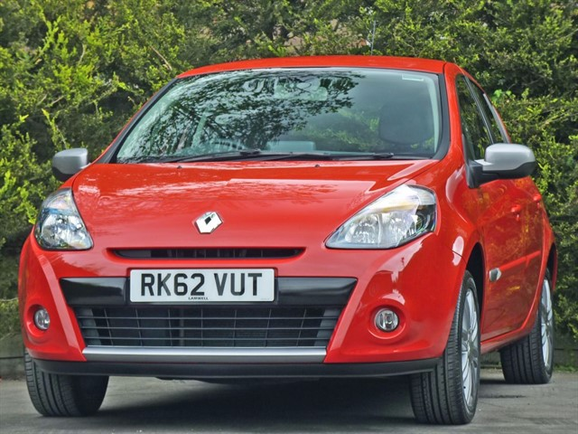 used Renault Clio 1.1 DYNAMIQUE TOMTOM  in dorset