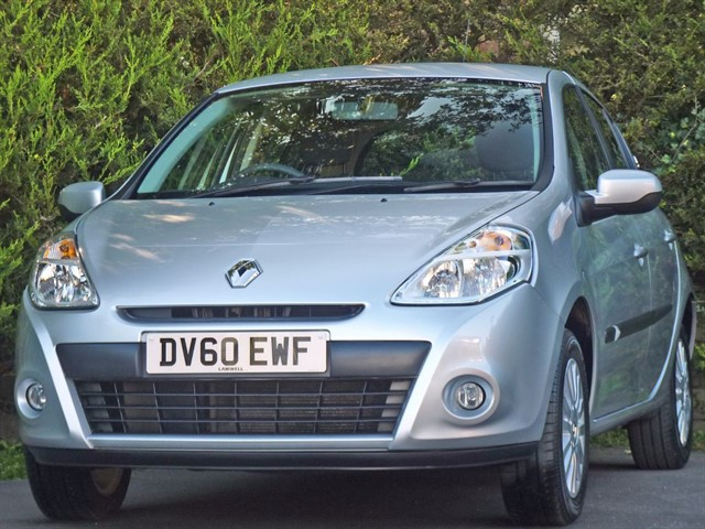used Renault Clio I-MUSIC 16V in dorset