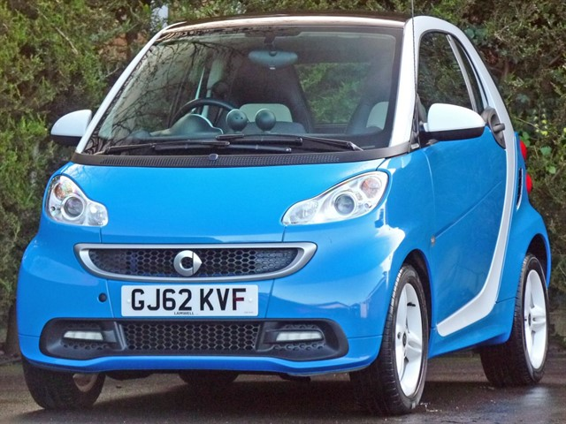 used Smart Car Fortwo Coupe ICESHINE EDITION AUTOMATIC in dorset