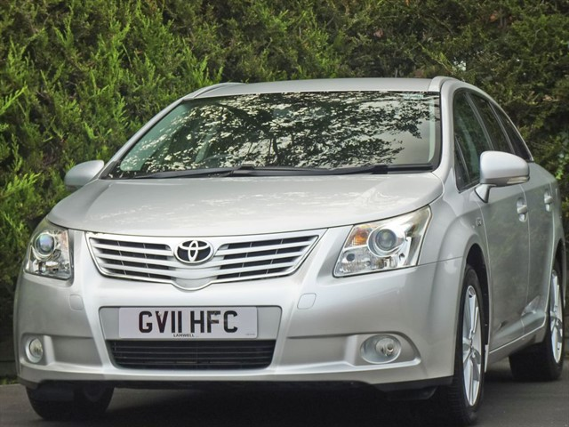 used Toyota Avensis 2.0 T4 D-CAT AUTOMATIC ESTATE in dorset
