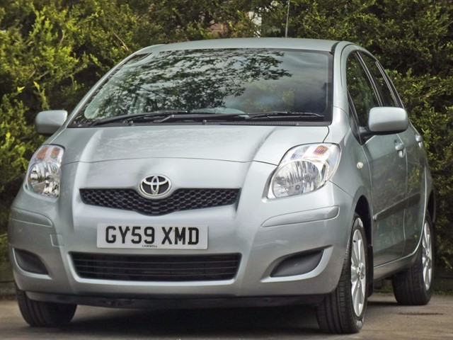 used Toyota Yaris 1.3 TR VVT-I AUTOMATIC in dorset