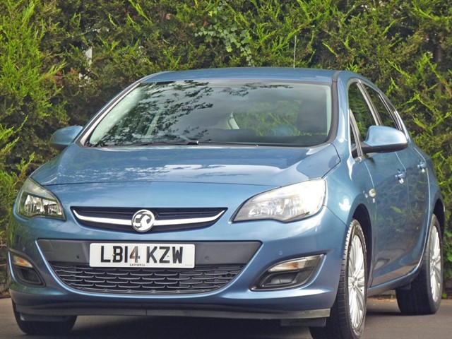 used Vauxhall Astra 1.6 EXCITE in dorset