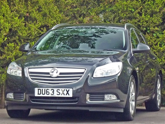 used Vauxhall Insignia SRI 2.0 CDTI ECOFLEX ESTATE in dorset