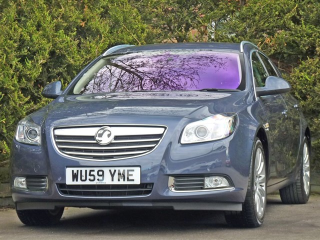 used Vauxhall Insignia 2.0 CDTi ELITE NAV ESTATE in dorset