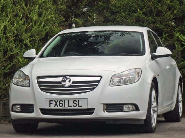 used Vauxhall Insignia 2.0 CDTi SRI NAV  in dorset