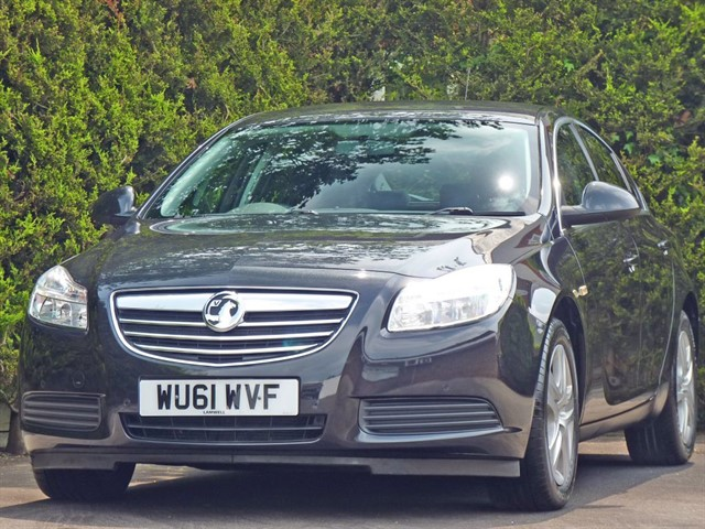 used Vauxhall Insignia 2.0 CDTi EXCLUSIV AUTOMATIC in dorset