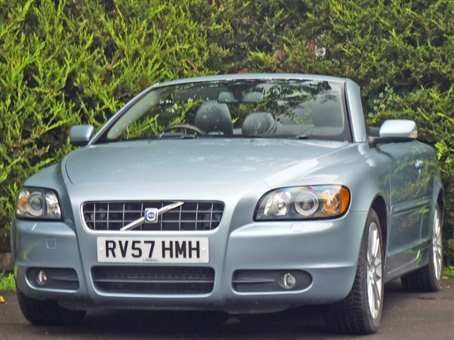 used Volvo C70 2.4 D5 SE AUTOMATIC  in dorset